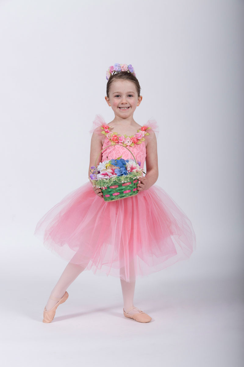 c415c0e1a1 •Leotard Color: any style pastel pink leotard (attached skirts & tutus are  fine) •Tights & Ballet Slippers: pink •Hair: clipped away from face or in  ...